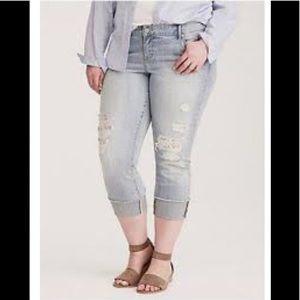 Torrid boyfriend jeans w/lace inset Sz 24R